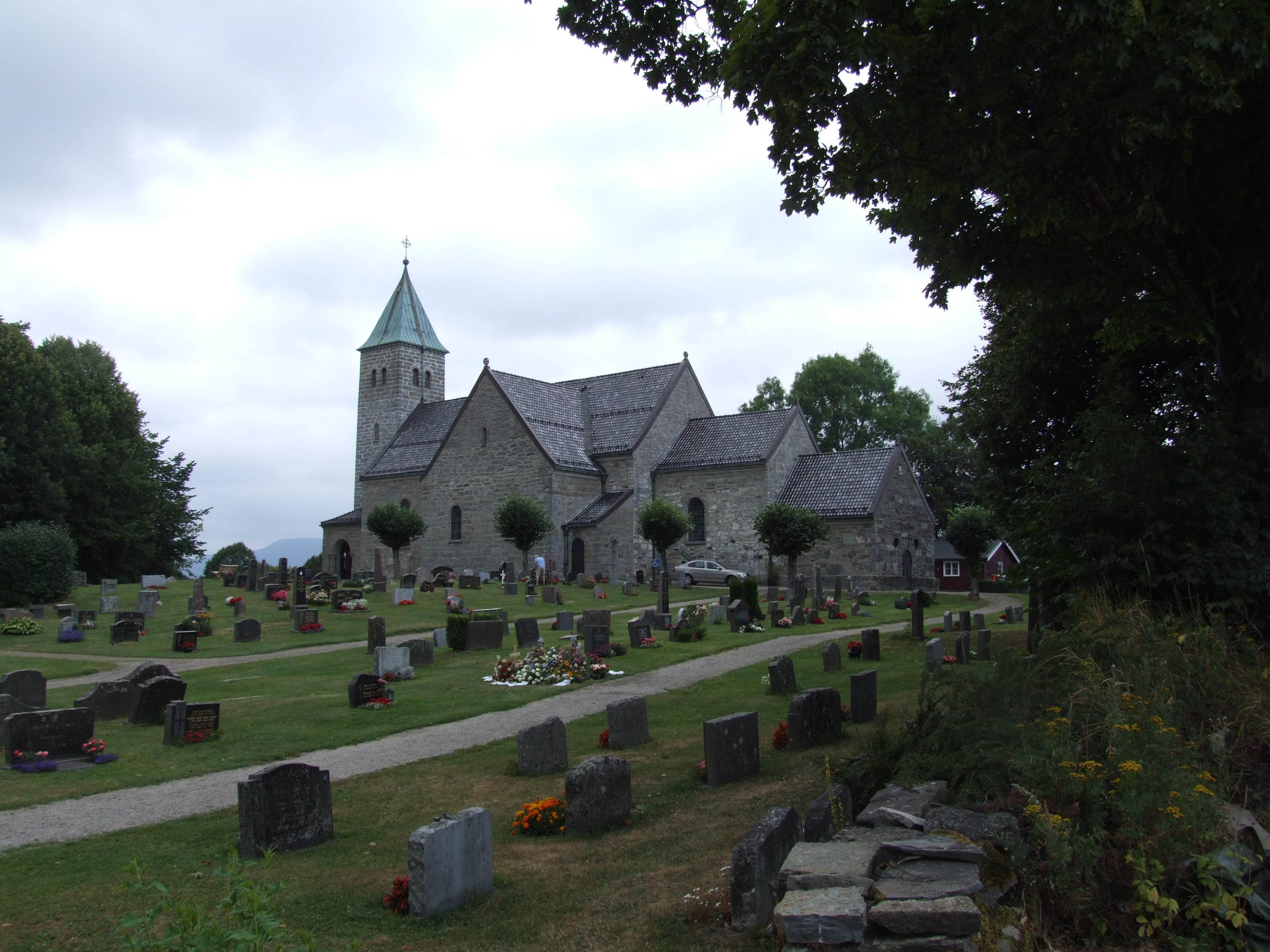 gjerpen kirke - kirke in skien  skien